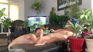 getting a blow job while playing video games